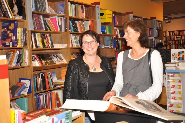 TIneke Bennema (rechts) en Esther van der Ham
